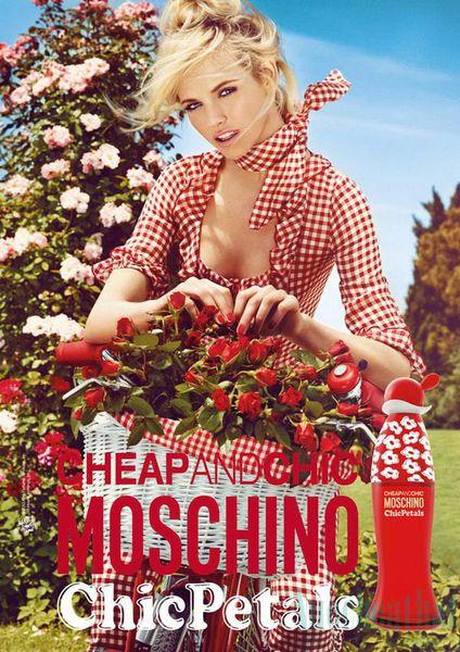 Nước Hoa Moschino Cheap & Chic Chic Petals